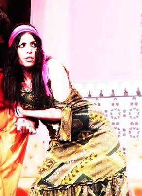 الفنانة المغربية فاطمة الزهراء احرار
