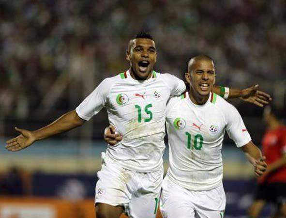 كأس أفريقيا تغازل الفريق الجزائرى بعد الفوز على السنغال العنيد