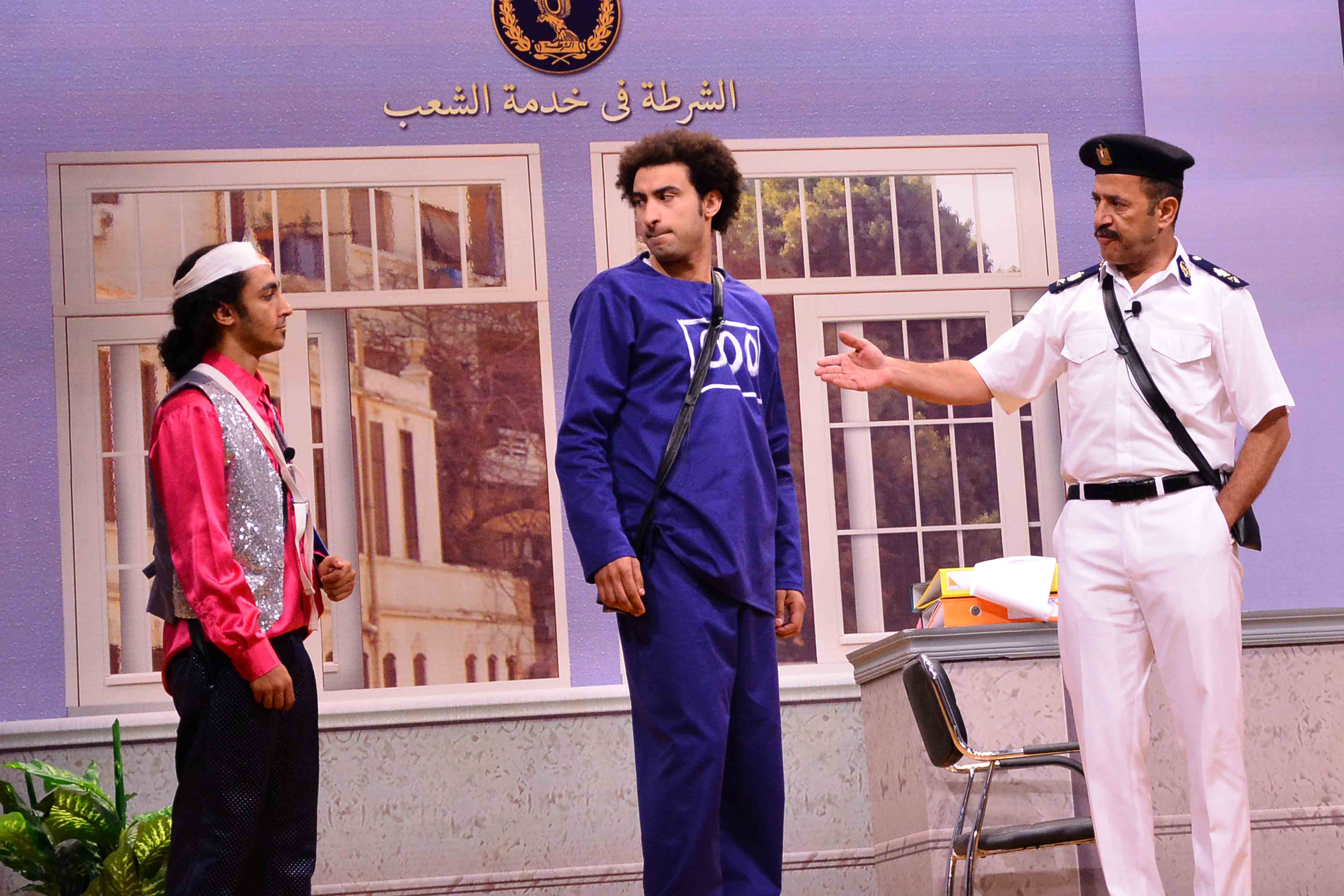 مسرحية-طابور-العرض