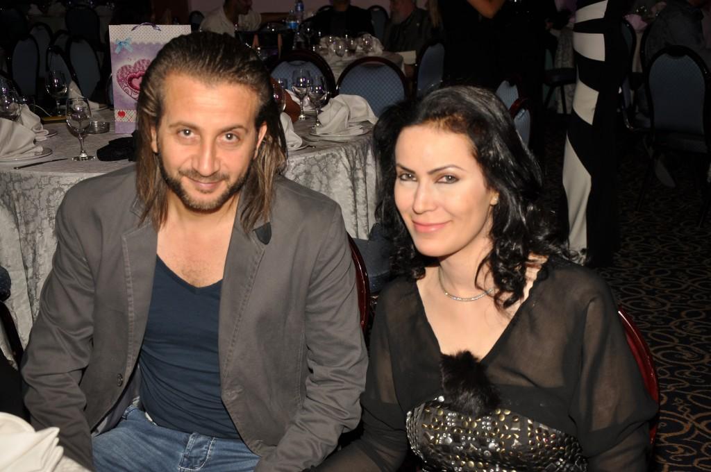 المخرج عبد العزيز حشاد وزوجته