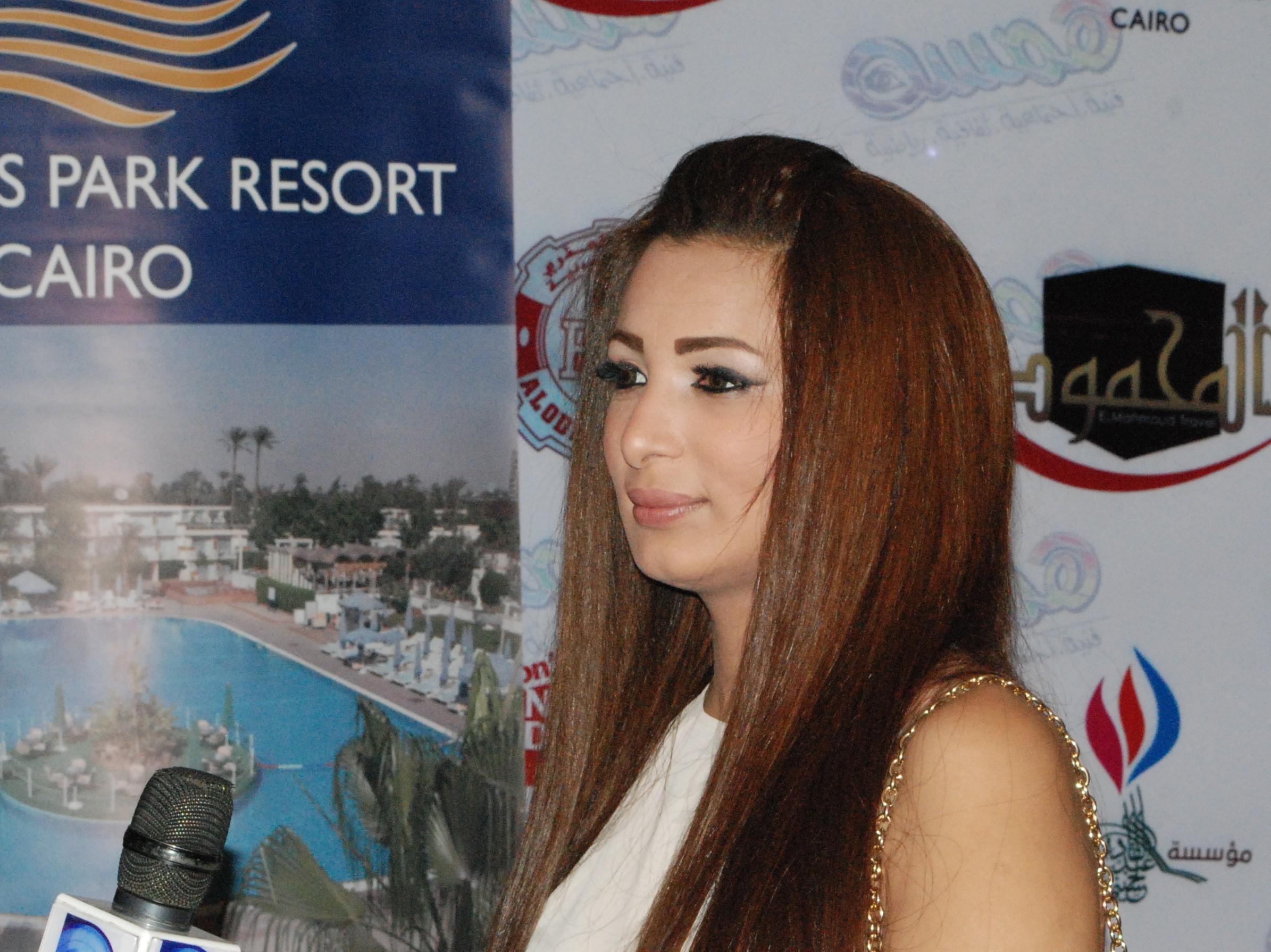 يشارك بمهرجان القاهرة السينمائى فيلم المبارز و أوديسا عراقية و متاهة الأكاذيب