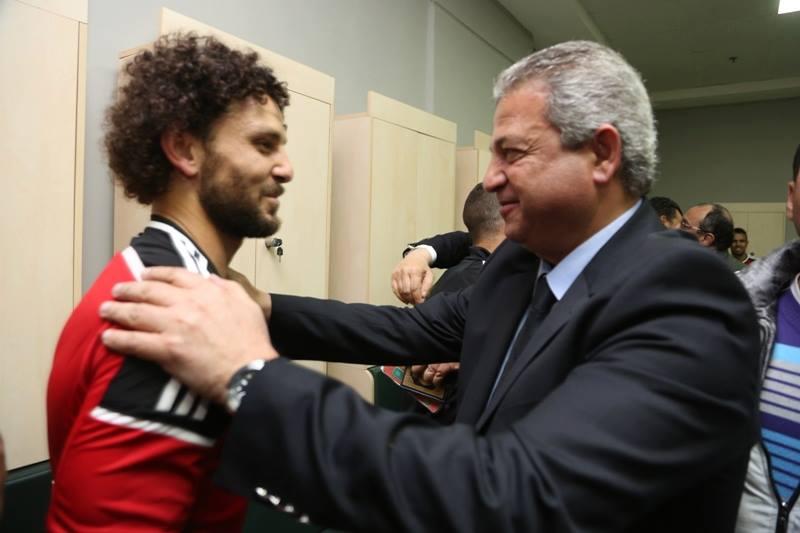 وزير الرياضة يهنىء لاعبي المنتخب القومى بالفوز على المنتخب