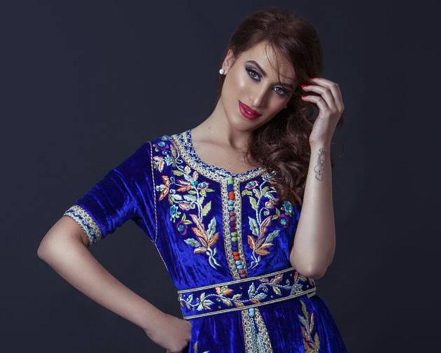 المغربية وسيمة تغني أخر الأخبار قبل زيارتها لمصر