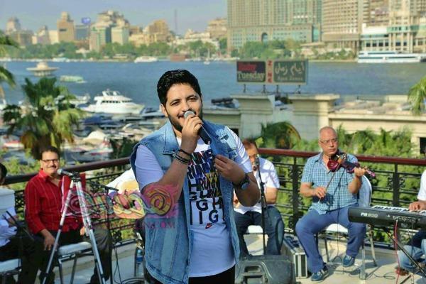 بالصور هيثم مازن يتألق في حفل ناحج علي ضفاف نهر النيل