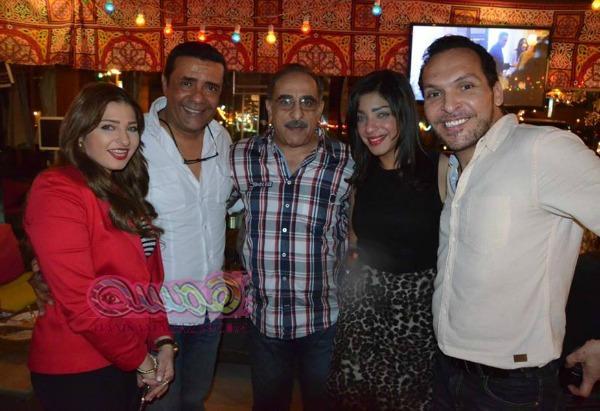 هشام عباس يشدو بااجمل اغانية في خيمة رمضان زى مان بحضور نجوم الفن والغناء