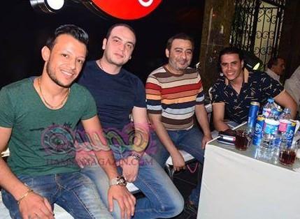 أول ظهور لأحمد عزمي في افتتاح كوافير