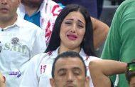 شبيهة صافيناز تشعل مدرجات الزمالك وتدخل فى نوبة بكاء بعد الخسارة