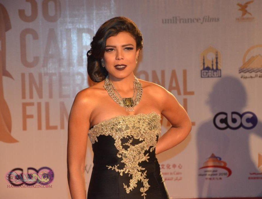 ناهد السباعى أحسن ممثلة فى مهرجان القاهرة السينمائى