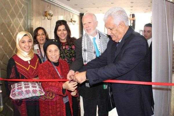 بالصو إفتتاح البازار الخيري الفلسطيني فى القاهرة