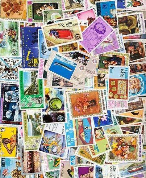 """بتنظيم من جمعية """"علوم و آفاق """" اختتام الصالون الوطني الثاني لهواة جمع الطوابع و البطاقات البريدية و العملات بالبليدة"""
