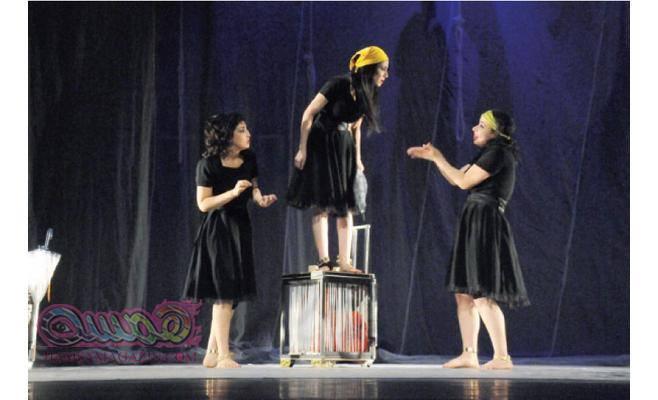 """للمخرجة تونس آيت علي مسرحية """"الثلث الخالي"""" تفتح الأيام الوطنية الثانية للمسرح التجريبي بسطيف"""